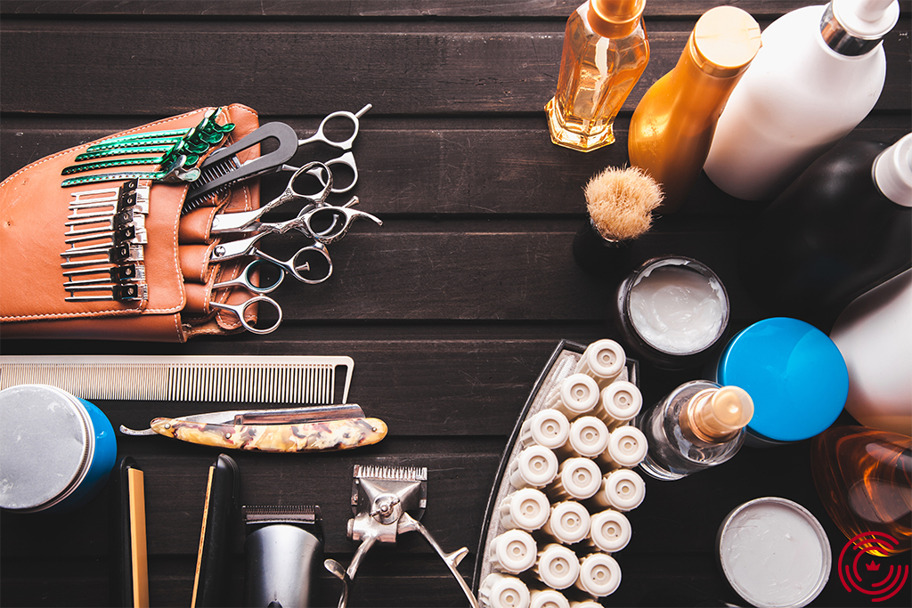 A table with all the tools of a barber